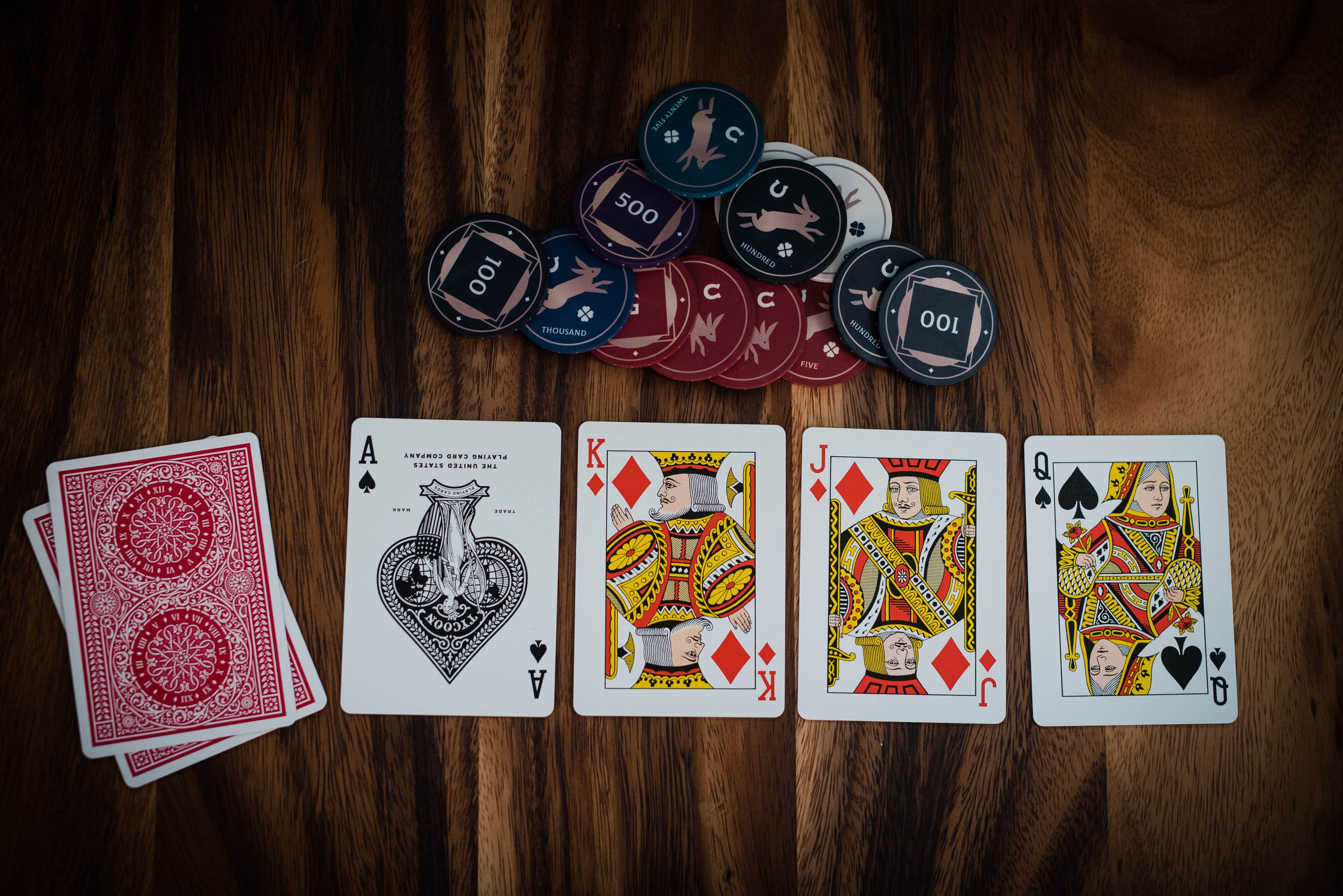 Mainkan Live Pai Gow Poker Online