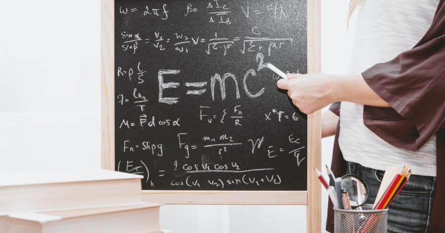 Cara Menggunakan Matematika untuk Bermain Blackjack Online dan Menang